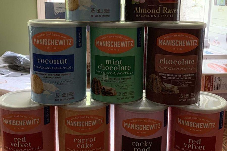 Choose Ryan Lambert's favorite macaroon flavor!